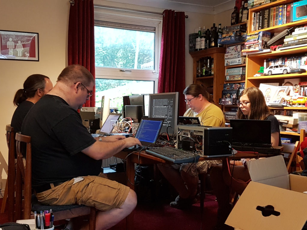 Debian CD testers in Cambridge, GB